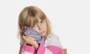 Согревающие компрессы на ухо ребенку: все тонкости правильной процедуры