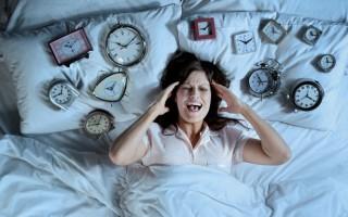 Опасен ли ранний климакс у женщин в 30 лет? Первые симптомы: на что стоит обратить внимание