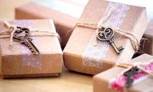 Как самостоятельно сделать достойный подарок на день рождения любимому мужчине