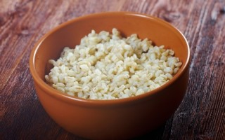 Перловая каша на воде: считаем калории и пользу