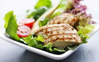 Как приготовить куриную грудку в духовке: радуем семью вкусным и полезным ужином