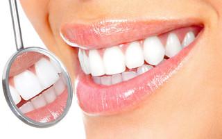 Как правильно отбелить зубы при помощи перекиси водорода в домашних условиях