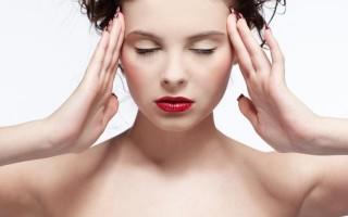 Кружится голова при повороте головы в положении лежа: какую болезнь подозревать?