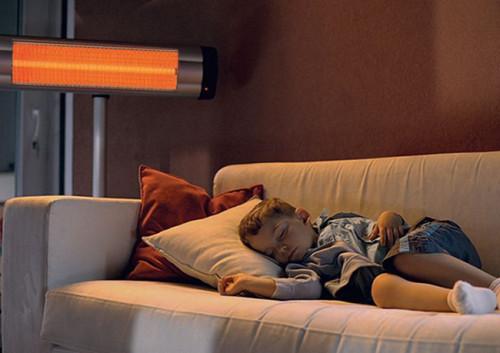 ИК-обогреватель в комнате ребенка