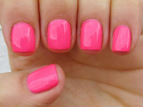цветное покрытие ногтей