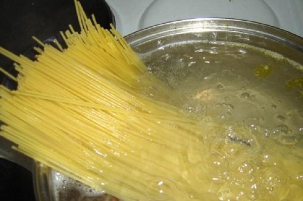 Как варить макарон спагетти
