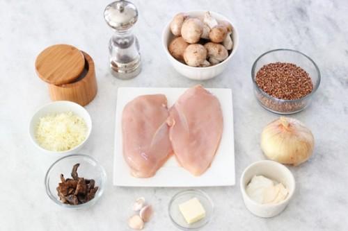 филе с грибами и гречкой