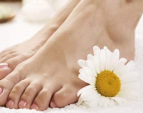 чистые и здоровые ступни ног