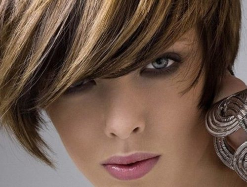 мелированные волосы у девушки