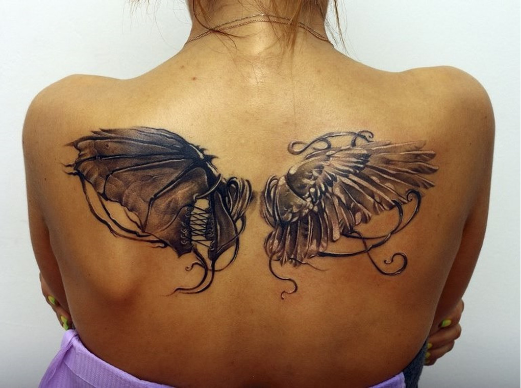 фото тату крылья для девушек