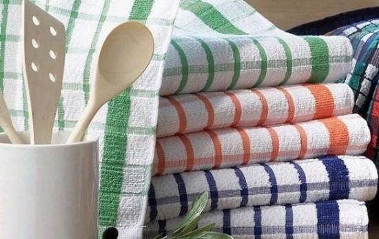поварешки и кухонные полотенца