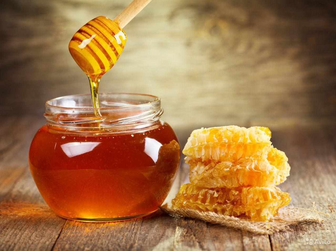 жидкий мед и соты