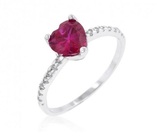 Кольцо на помолвку в виде сердца