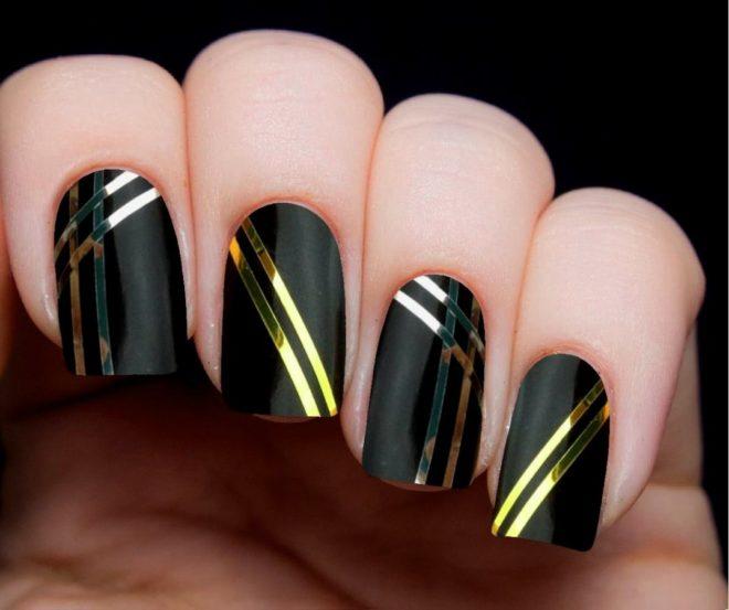 Черный дизайн с золотом