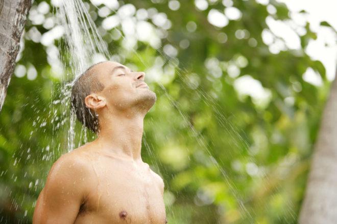 освежающий душ
