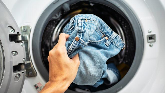 джинсы в стиралке